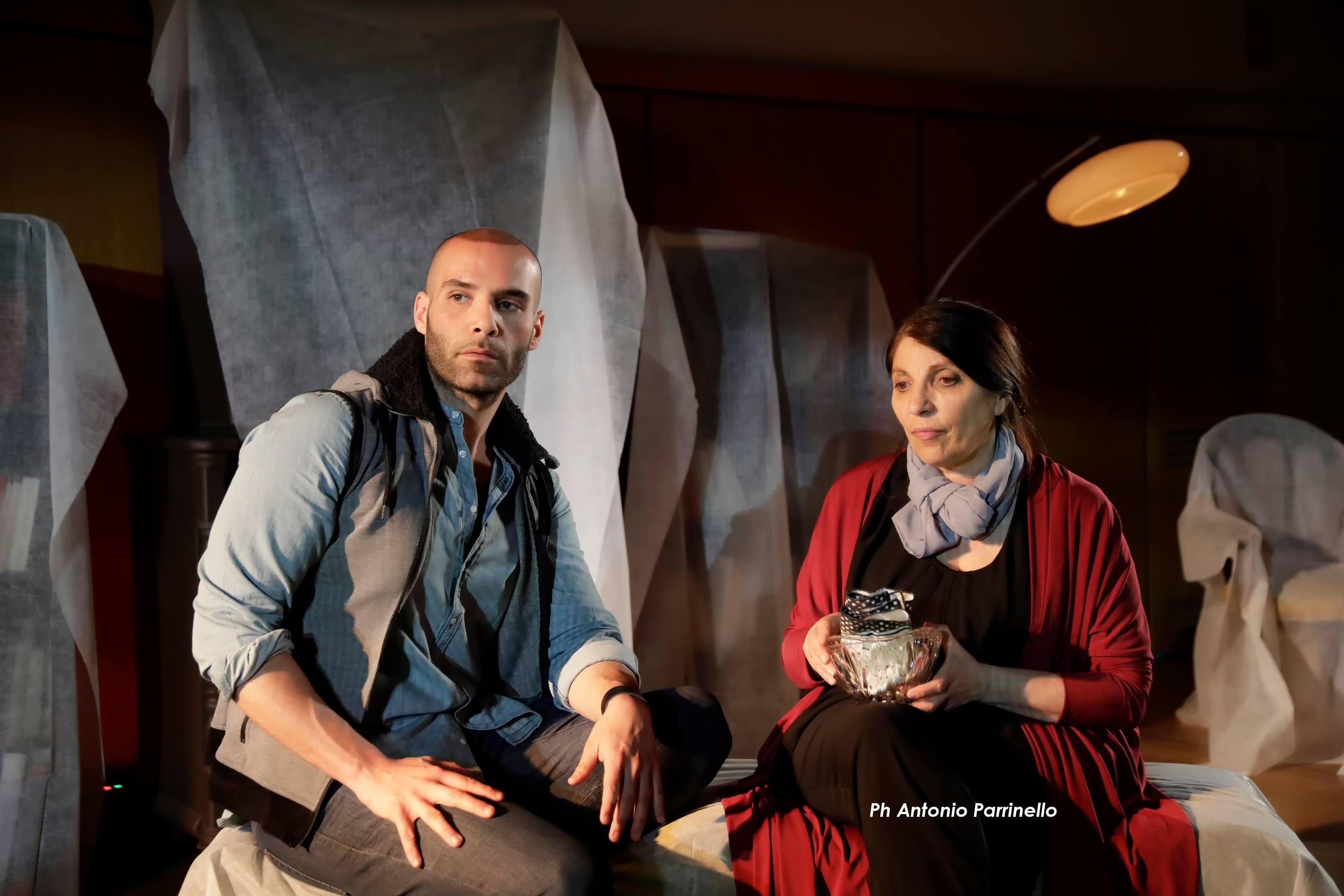 LA RONDINE di Guillem Clua con Lucia Sardo